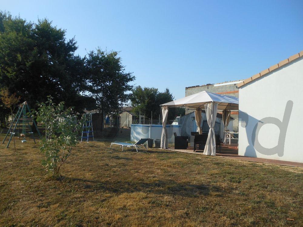 vente maison pavillon neuf plain pied proche centre ville. Black Bedroom Furniture Sets. Home Design Ideas