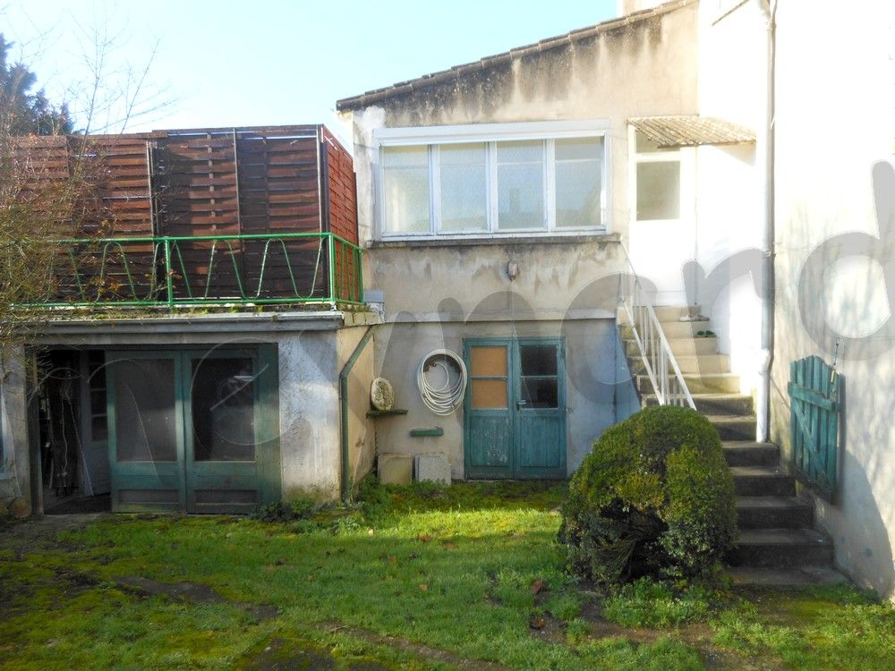 Vente maison maison de ville avec appartement loue for Maison avec appartement