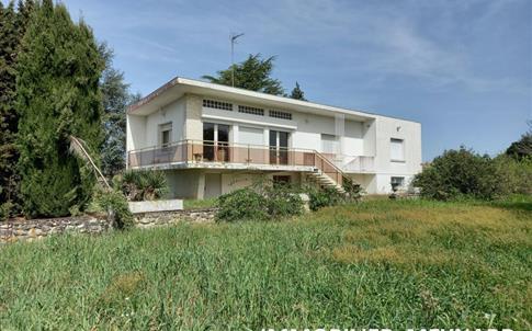 Maison de Caractère sur parc de 6 500 m² environ