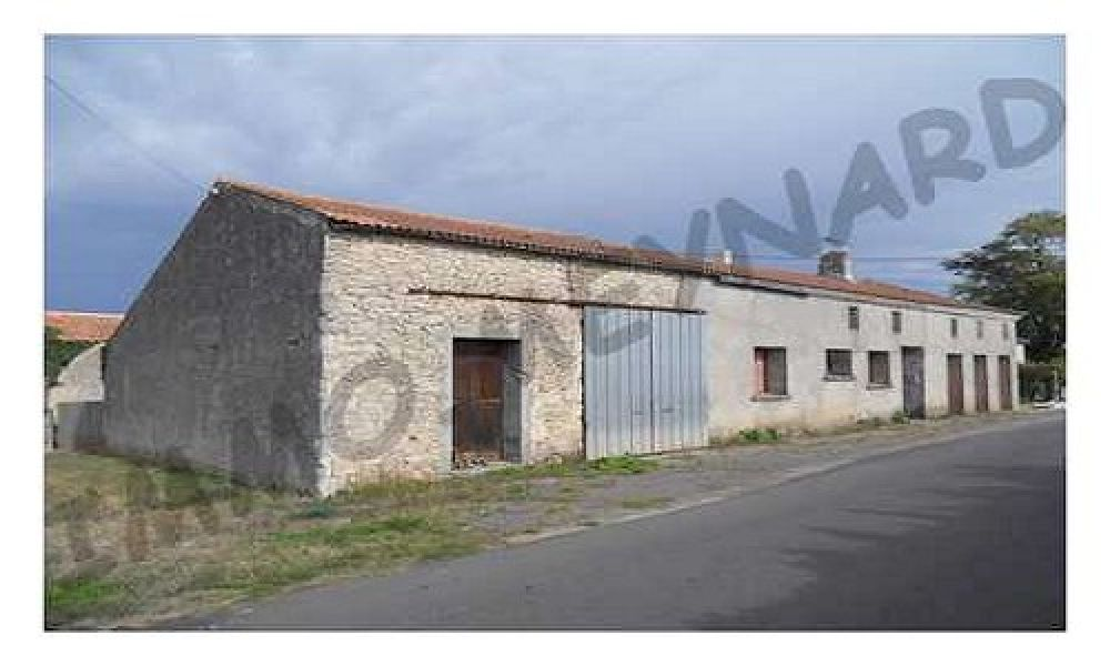 A vendre maison ancienne en grande partie habitable