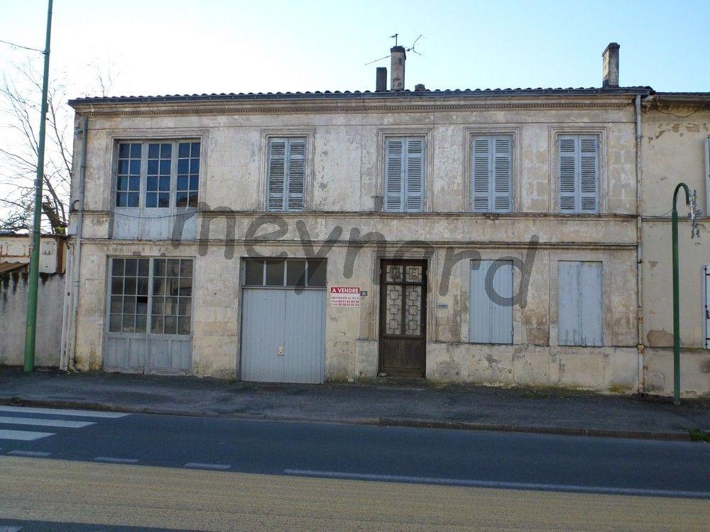 Maison à réhabiliter avec ancien atelier